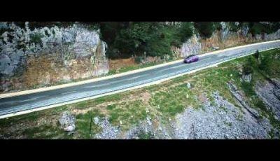 Jaguar F-Pace stabilisce nuovi standard