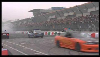 Motor Show 2011: il drifting del Team Orange Exhibition e la scuola di polizia