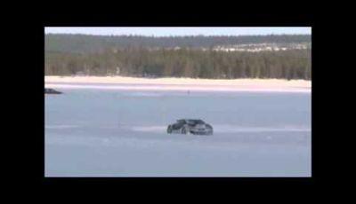 BMW i8 video spia test sul ghiaccio