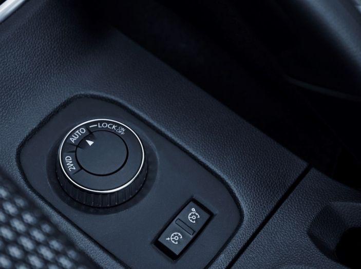 Dacia Duster 2018: linee più imponenti per la seconda serie - Foto 9 di 49