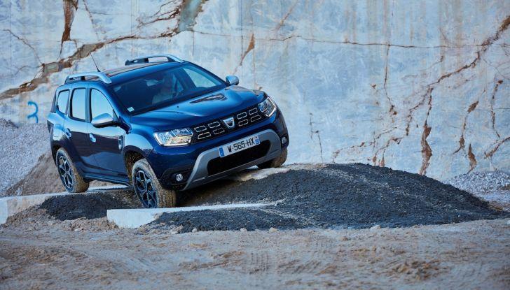 Dacia Duster 2018: linee più imponenti per la seconda serie - Foto 6 di 49