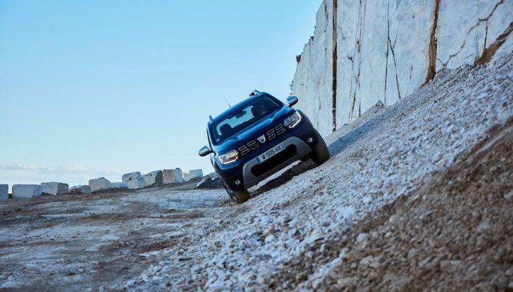 Dacia Duster 2018: linee più imponenti per la seconda serie - Foto 17 di 49