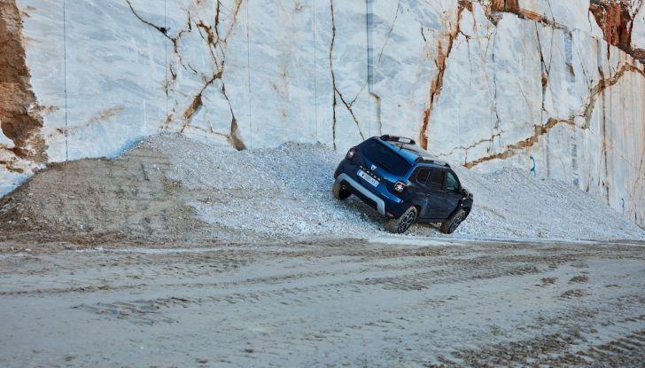 Dacia Duster 2018: linee più imponenti per la seconda serie - Foto 18 di 49