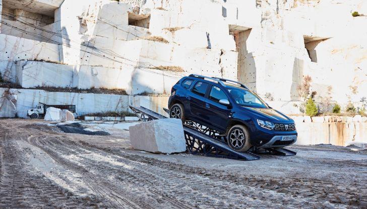 Dacia Duster 2018: linee più imponenti per la seconda serie - Foto 22 di 49
