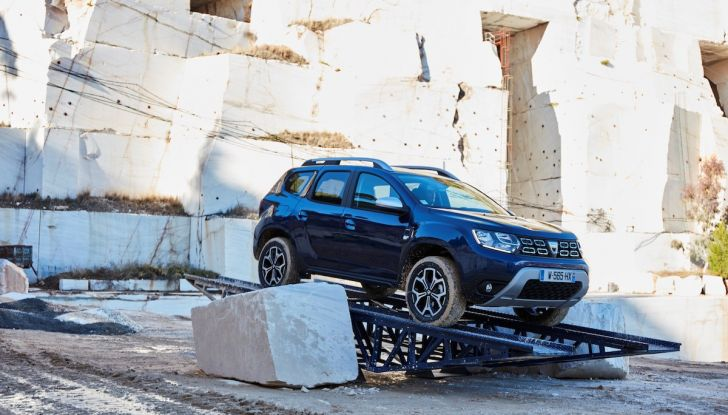 Dacia Duster 2018: linee più imponenti per la seconda serie - Foto 23 di 49