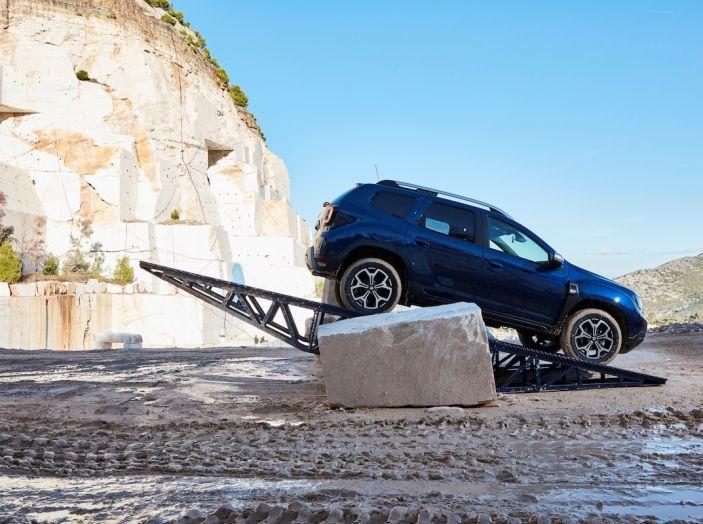 Dacia Duster 2018: linee più imponenti per la seconda serie - Foto 24 di 49