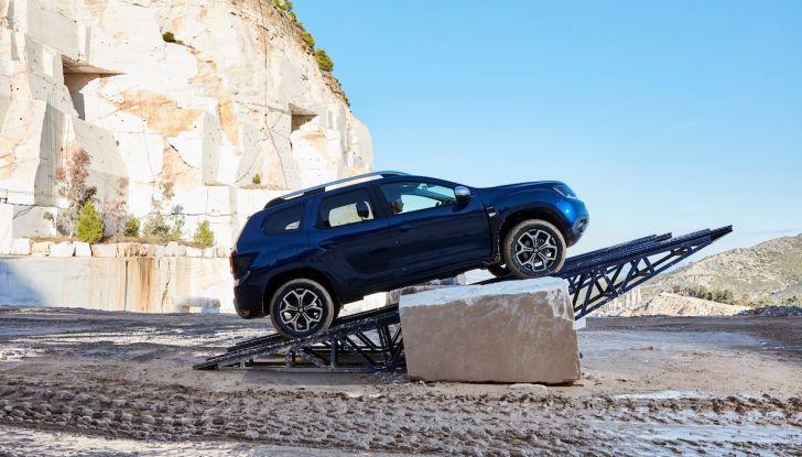 Dacia Duster 2018: linee più imponenti per la seconda serie - Foto 25 di 49