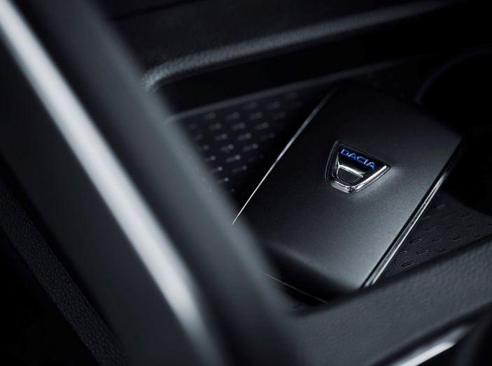 Dacia Duster 2018: linee più imponenti per la seconda serie - Foto 31 di 49
