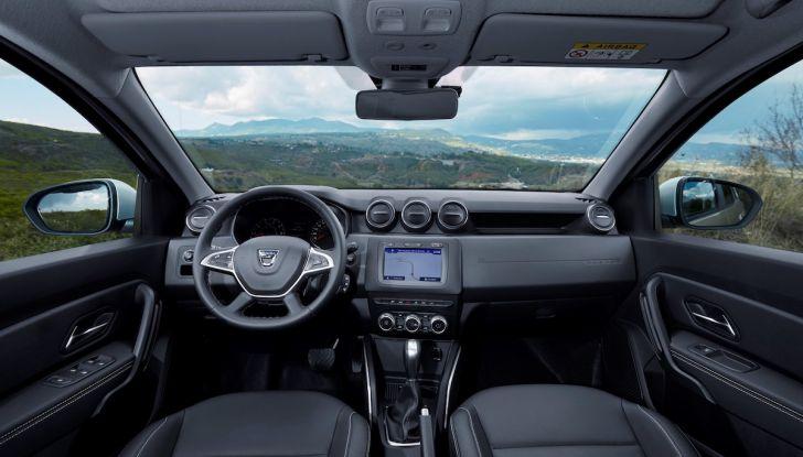 Dacia Duster 2018: linee più imponenti per la seconda serie - Foto 32 di 49