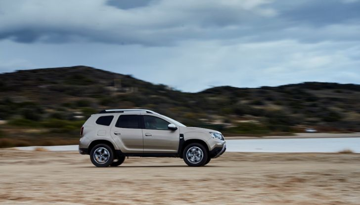 Dacia Duster 2018: linee più imponenti per la seconda serie - Foto 38 di 49