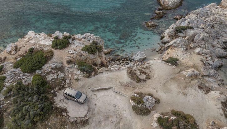 Dacia Duster 2018: linee più imponenti per la seconda serie - Foto 40 di 49