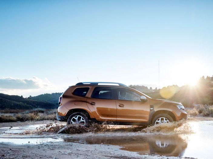 Dacia Duster 2018: linee più imponenti per la seconda serie - Foto 1 di 49