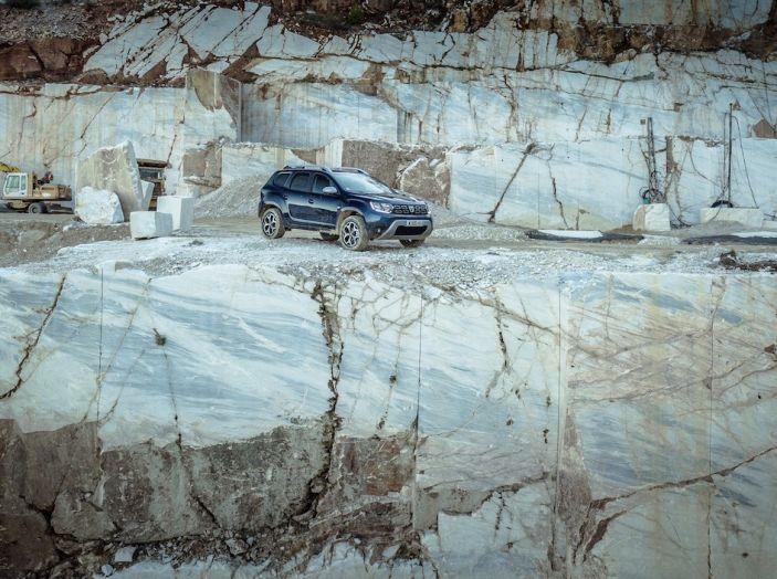 Dacia Duster 2018: linee più imponenti per la seconda serie - Foto 13 di 49