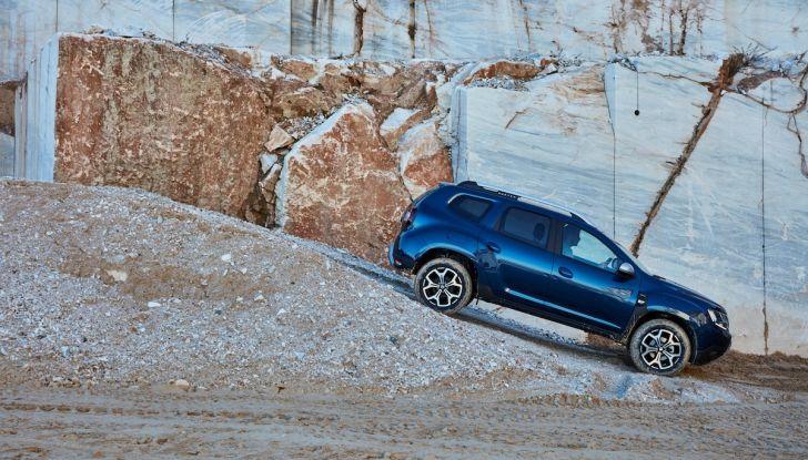 Dacia Duster 2018: linee più imponenti per la seconda serie - Foto 14 di 49