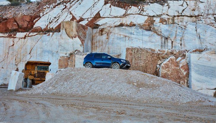 Dacia Duster 2018: linee più imponenti per la seconda serie - Foto 15 di 49