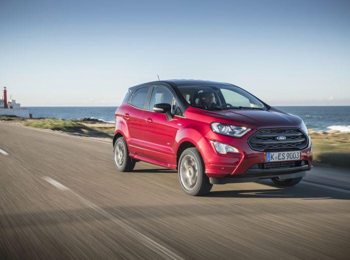 Ford EcoSport, il SUV compatto con Intelligent All-Wheel Drive - Foto 5 di 32