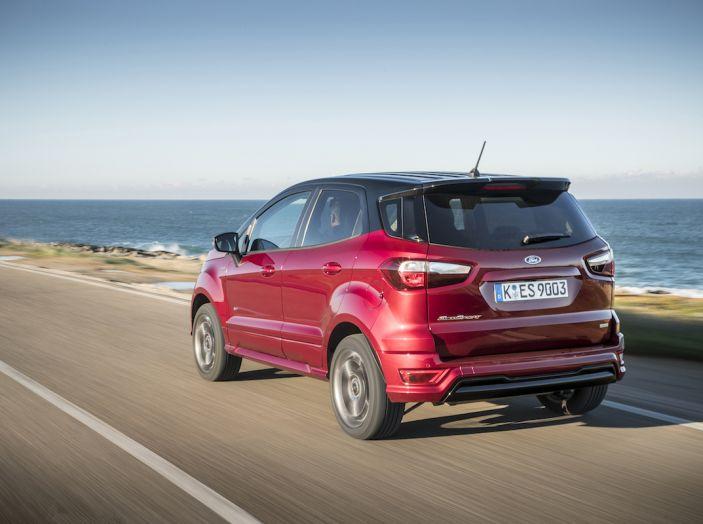 Ford EcoSport nuova generazione, il SUV compatto pratico e tecnologico - Foto 6 di 32