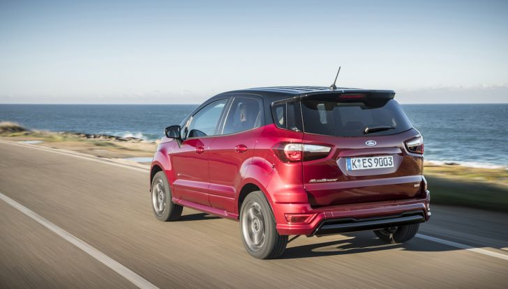 Ford EcoSport, il SUV compatto con Intelligent All-Wheel Drive - Foto 6 di 32