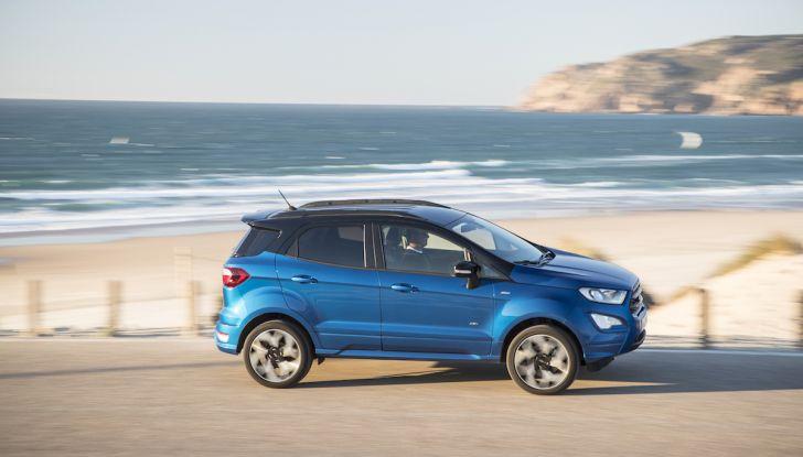 Ford Ecosport: i tappetini nascono dalle bottiglie di plastica riciclata - Foto 18 di 32