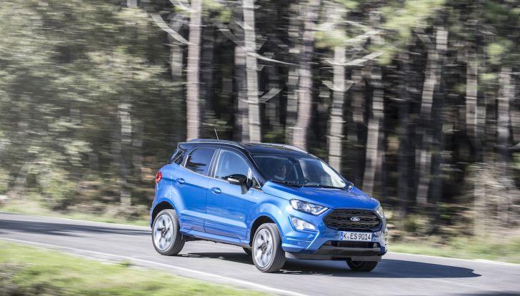 Ford EcoSport, il SUV compatto con Intelligent All-Wheel Drive - Foto 19 di 32