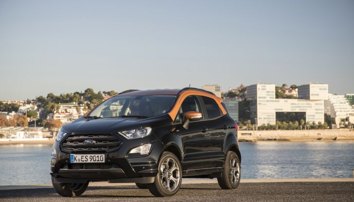 Ford EcoSport, il SUV compatto con Intelligent All-Wheel Drive - Foto 24 di 32