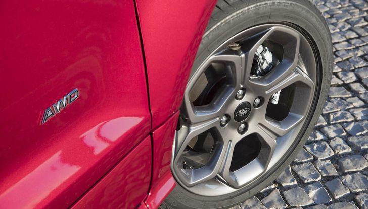 Ford EcoSport nuova generazione, il SUV compatto pratico e tecnologico - Foto 29 di 32