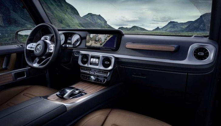 Gli interni della nuova Mercedes Classe G 2018 svelati ufficialmente - Foto 6 di 9