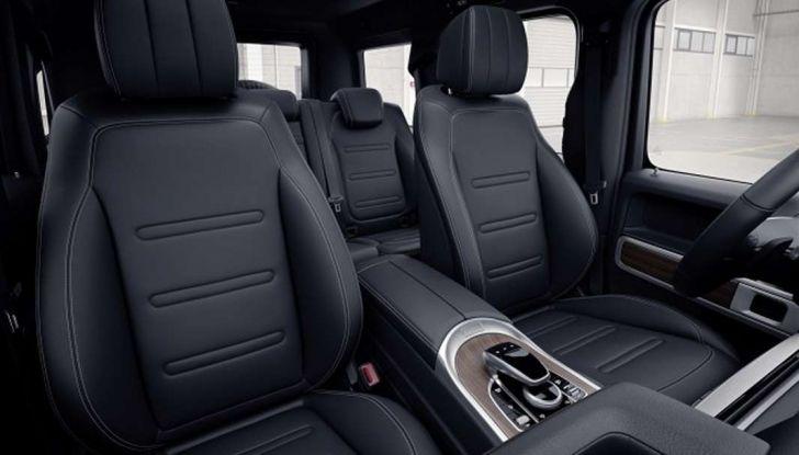 Gli interni della nuova Mercedes Classe G 2018 svelati ufficialmente - Foto 2 di 9