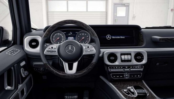 Gli interni della nuova Mercedes Classe G 2018 svelati ufficialmente - Foto 5 di 9