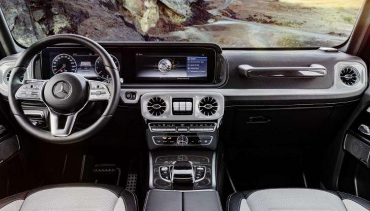 Gli interni della nuova Mercedes Classe G 2018 svelati ufficialmente - Foto 7 di 9
