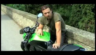 Video Kawasaki Z750 - Test Drive