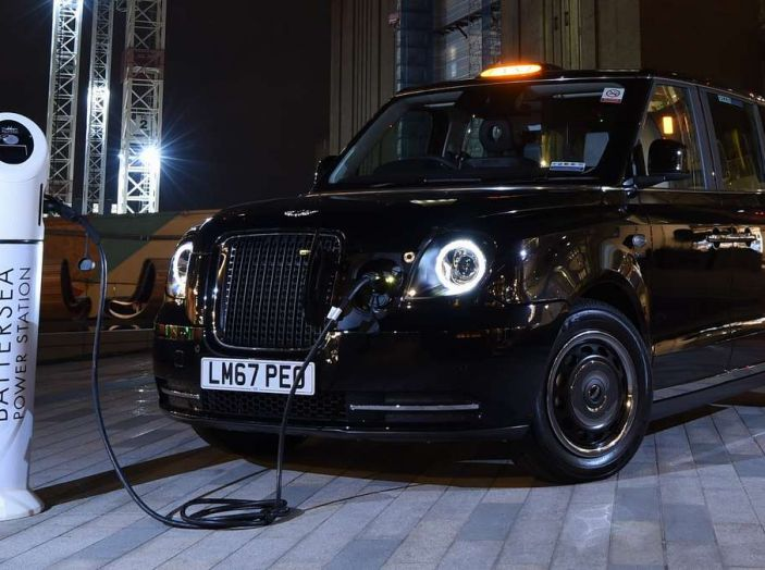 I Black Cab, i taxi di Londra, diventano elettrici - Foto 1 di 7