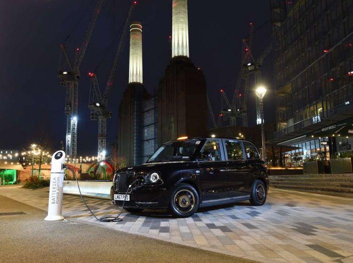 I Black Cab, i taxi di Londra, diventano elettrici - Foto 2 di 7