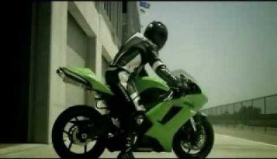 Video Kawasaki ZX-6R Ninja