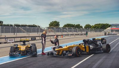 La porta a guidare la F1 Renault e le chiede di sposarlo [Video]