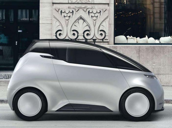 L'auto elettrica con 5 anni di ricariche gratis arriva dalla Svezia - Foto 3 di 11