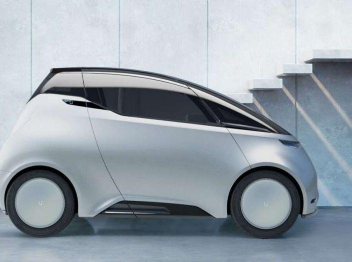 L'auto elettrica con 5 anni di ricariche gratis arriva dalla Svezia - Foto 9 di 11