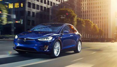 Tesla annuncia Autopilot 9: verso la guida autonoma di livello 4?