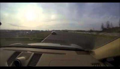 Porsche Macan prova su pista