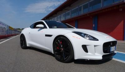 Jaguar F-Type S AWD On Track