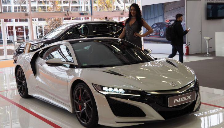Le supercar e le ragazze più belle del Motor Show 2017 - Foto 1 di 58