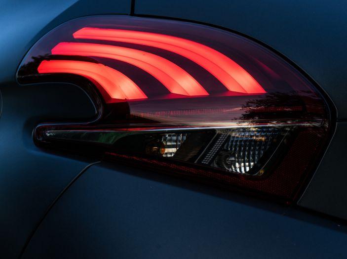 Test Drive Peugeot 208 con 1.2 Turbo da 110CV: una complice svelta per la GT Line - Foto 10 di 27