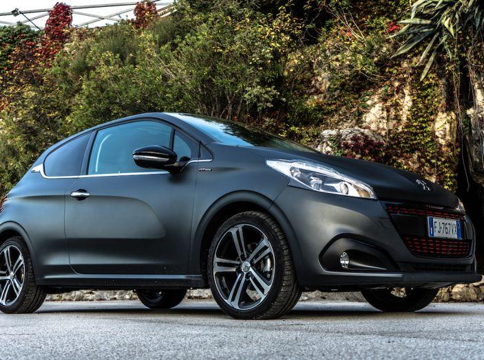 Test Drive Peugeot 208 con 1.2 Turbo da 110CV: una complice svelta per la GT Line - Foto 14 di 27