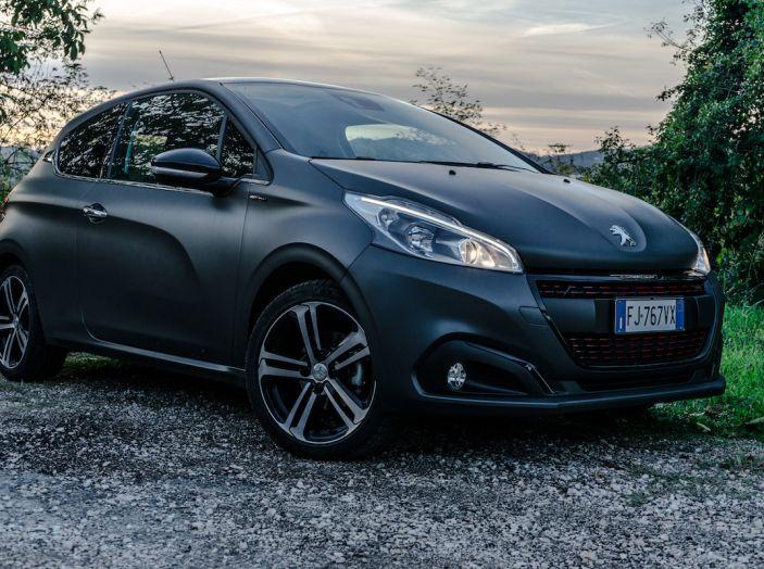 Test Drive Peugeot 208 con 1.2 Turbo da 110CV: una complice svelta per la GT Line - Foto 6 di 27