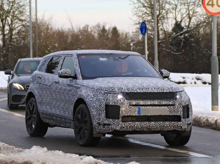 Range Rover Evoque 2019: una seconda serie per replicare il successo - Foto 17 di 24