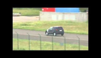Opel Corsa suv video spia