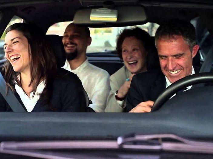 Vacanze in auto, gli italiani scelgono il Carpooling - Foto 2 di 15