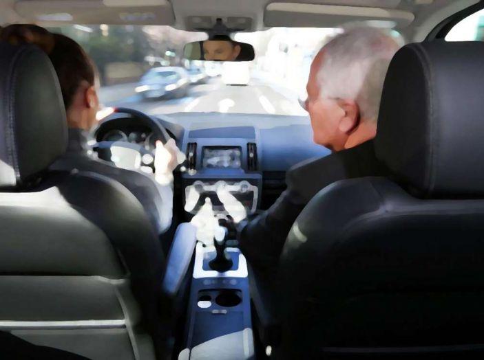 Vacanze in auto, gli italiani scelgono il Carpooling - Foto 12 di 15