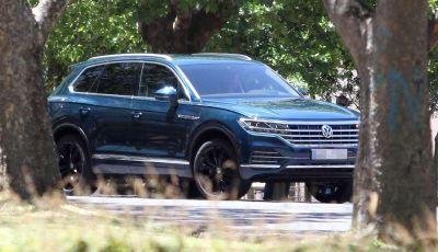 Volkswagen Touareg 2018, nuove foto spia senza camuffature