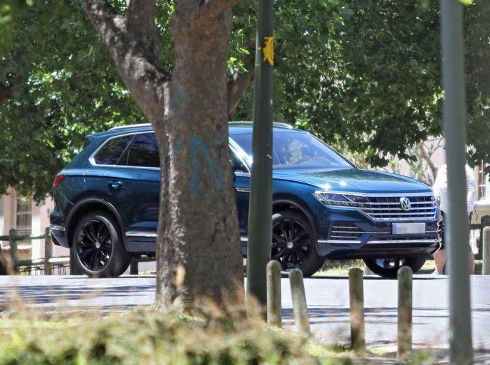 Volkswagen Touareg 2018: l'ammiraglia di Wolfsburg si rinnova ancora - Foto 5 di 10